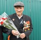 Сегодня, в памятный День годовщины Военного парада в г.Москва, мечетлинцы поздравили ветерана Великой Отечественной войны Александра Федоровича Топычканова.