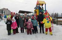 Сегодня состоялось праздничное открытие детской дворовой площадки.