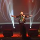 1 4 марта на сцене районного Дома культуры с большим фурором  прошел концерт нашего земляка молодого музыканта — мультиинструменталиста Загира Зайнетдинова . Он представил своим поклонникам этно-шоу программу ZAINETDIN.