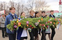 Сегодня на центральной площади села Большеустьикинское состоялось  праздничные мероприятия, посвященное Великой Победе.