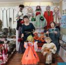 В Мечетлинском историко-краеведческом музее  экспонируется   выставка мастеров авторской куклы «Кукольный вернисаж»,