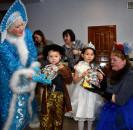 Череду праздничных новогодних представлений в районном Доме культуры открыл праздник  для детей-сирот и детей, оставшихся без попечения родителей.