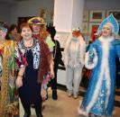 В канун новогоднего праздника, в уютном праздничном фойе районного Дворца культуры с. Большеустьикинское, состоялся новогодний вечер «Настроение – новый год» для людей старшего поколения